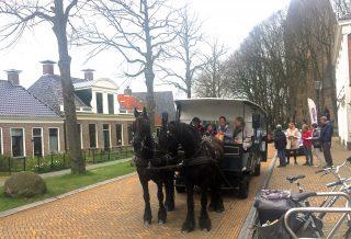 StinzenFloraTour met de Friese paardentram