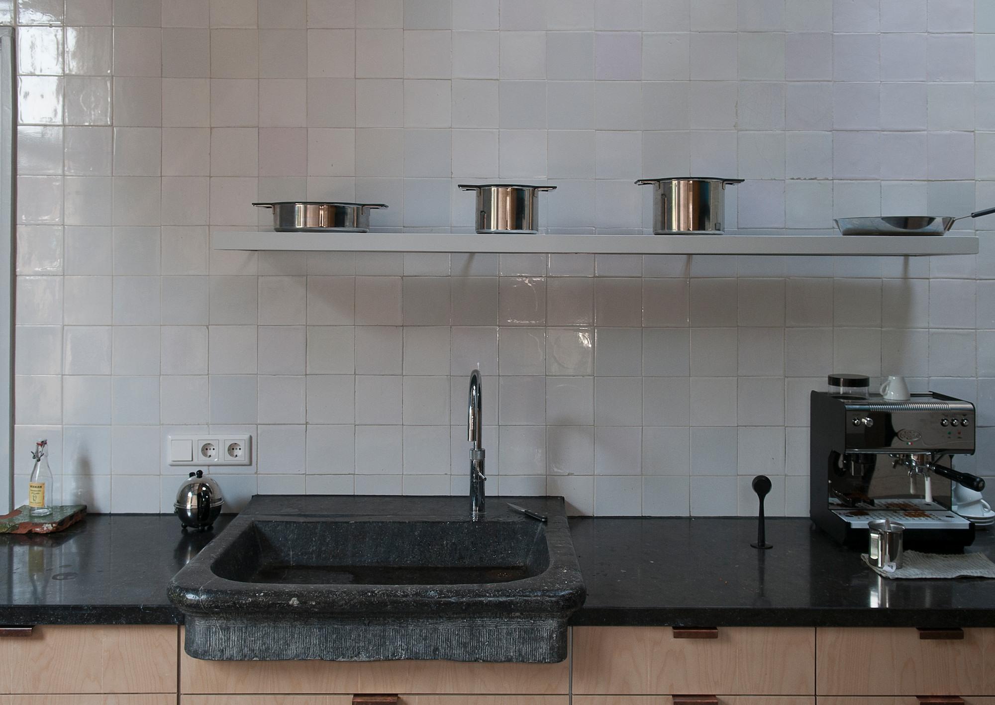 Oude gootsteen keuken kleuren stinze stiens - Moderne oude keuken ...