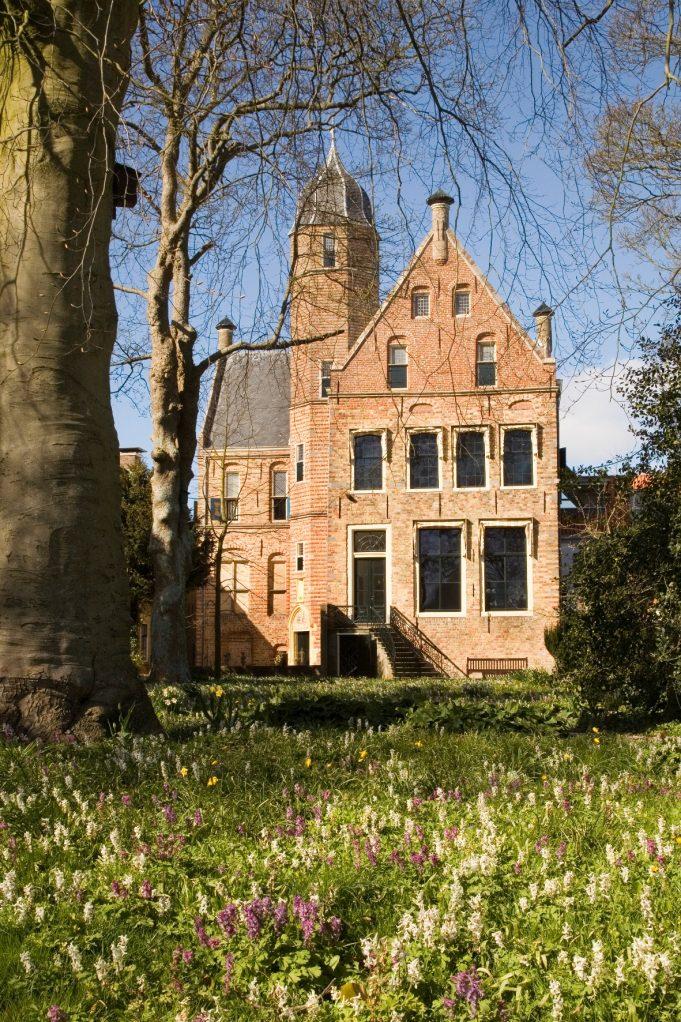 Martenatuin bij Museum Martena (Franeker)